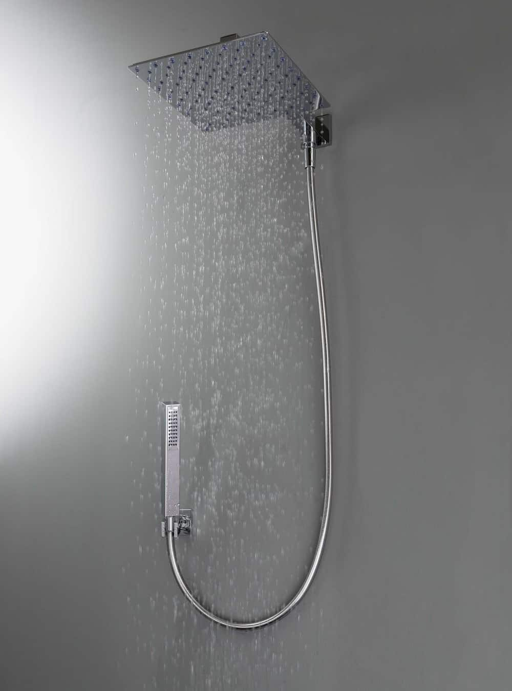 A Square Showerhead With Very Contemporary Look Duetto D Is Wall Mount On Shower Arm And Comes Semi Automatic Diverter Activated Through The