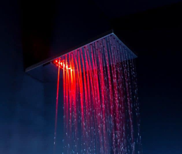 rain-showerhead-with-waterfall-and-chromotherapy-sharp-tender-1.jpg