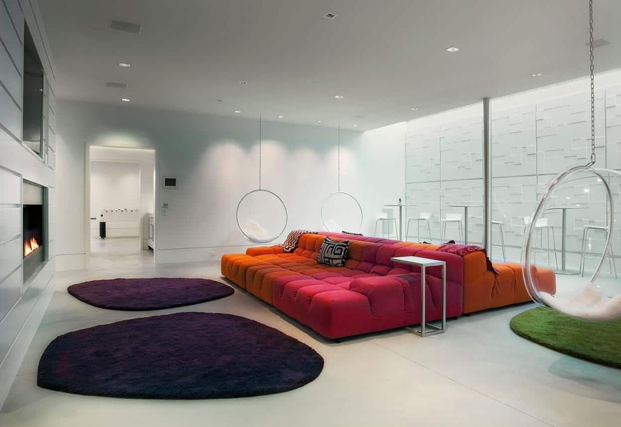 While The Bubble Chair Gets Its Groove From 60s It Is Perfectly At Home In Uber Modern Interiors Such As This Gorgeous Entertaining