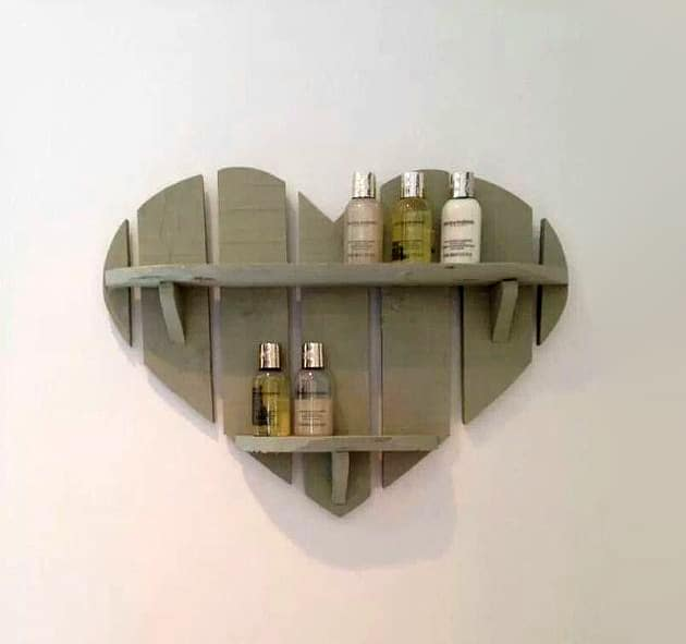 5-heart-shaped-DIY-decor.jpg