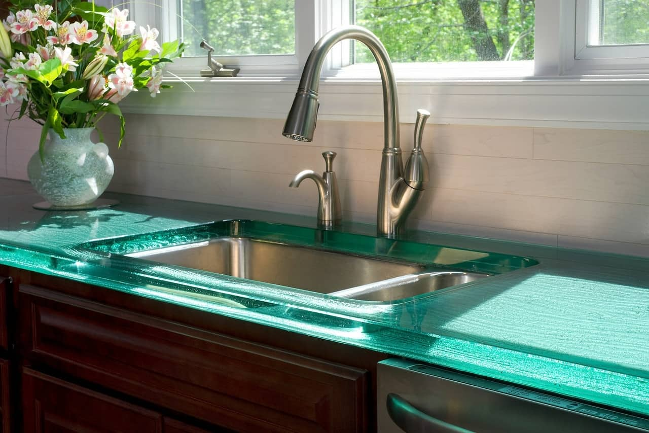 Modern Kitchen Countertops from Unusual Materials: 30 Ideas on Modern Kitchen Counter  id=38731