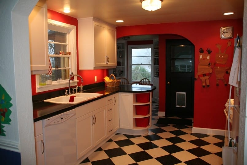 Simple Remodel: Chess Floors Can Change the Game on red tile flooring ideas, ceramic tile kitchen floors ideas, red tile bathroom remodeling ideas, laminate kitchen flooring ideas, concrete kitchen floor ideas,