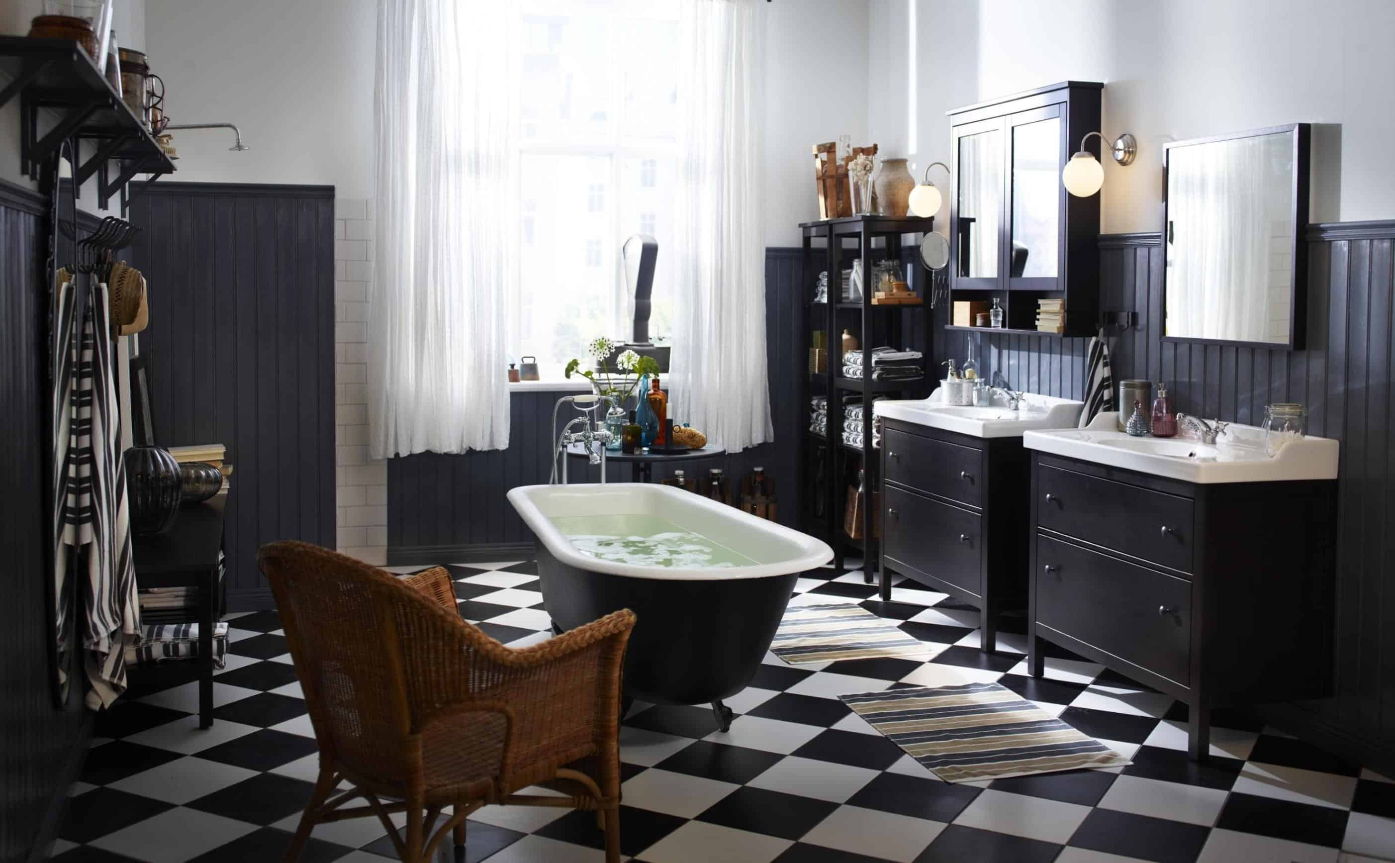 Simple remodel chess floors can change the game add a chess floor to your bathroom dailygadgetfo Image collections