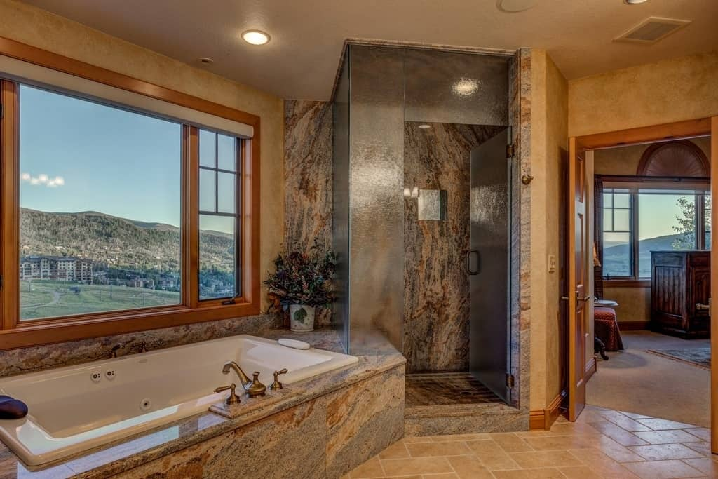 luxury bathrooms. View In Gallery Gorgeous View From Stunning Bathroom Steamboat Springs 15  40 Stunning Luxury Bathrooms With Incredible Views