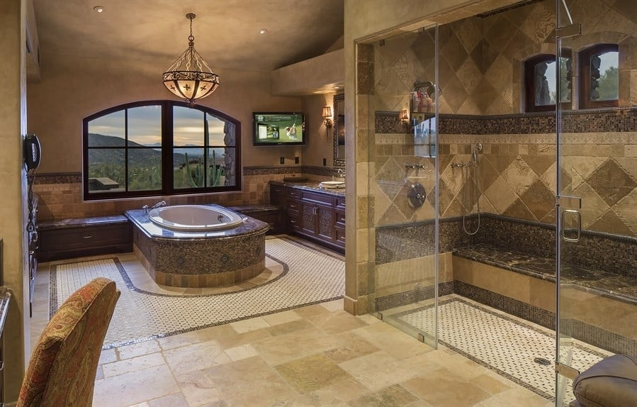 40 stunning luxury bathrooms with incredible views for Huge master bathroom