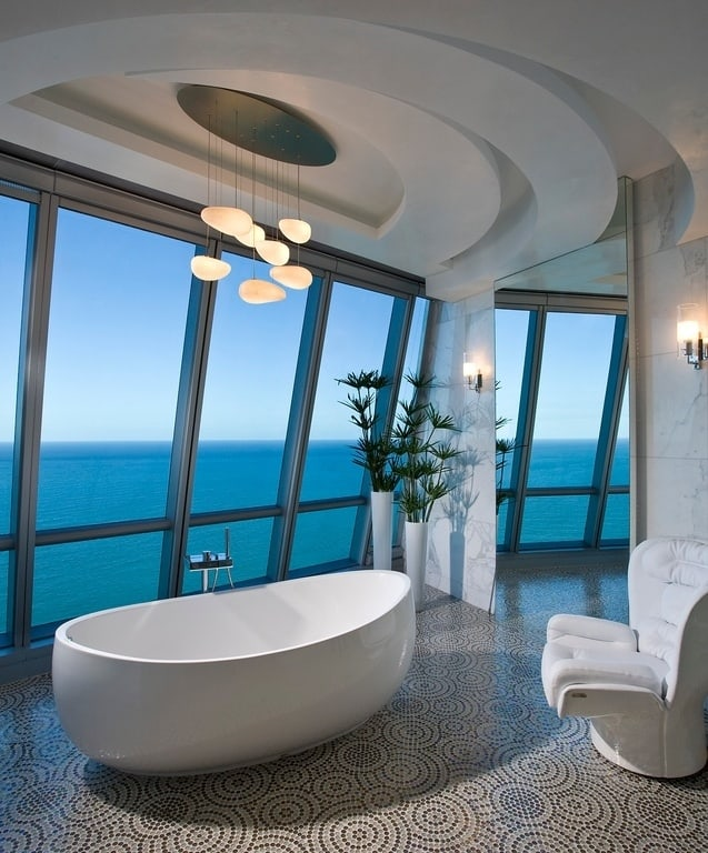 Stunning Luxury Bathrooms With Incredible Views - Luxurious bathrooms
