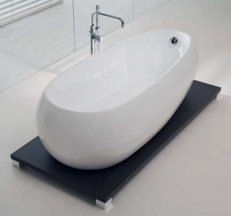 Acrylic bathtub on wenge stand new illusion by calyx for Acrylic soaker tub