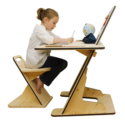 adjustable childrens desk guillaume bouvet 1 Adjustable Childrens Desk by Guillaume Bouvet