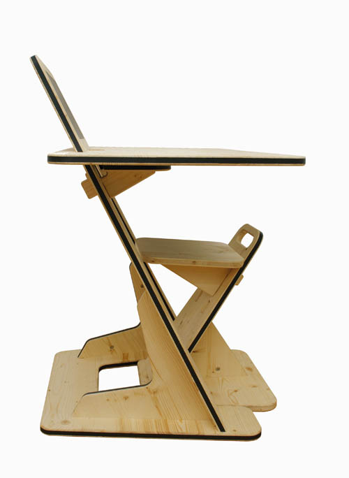 adjustable-childrens-desk-guillaume-bouvet-3.jpg