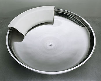 UFO Bathtub From Agape