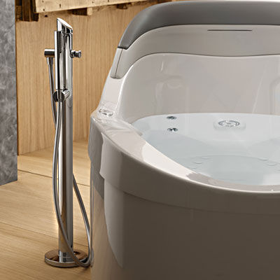 albatros thalia oval free standing whirlpool tub Whirlpool Tub from Albatros   the Thalia Oval airpool tub with back lumbar support