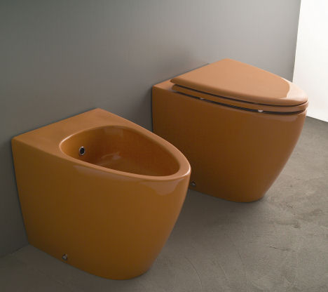 aquaplus solutions wc and bidet orange Colored toilet and bidet from Aquaplus Solutions   the Barca Collection