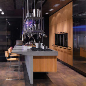 Arclinea Lignum et Lapis kitchen by Antonio Citterio – technological innovation and natural materials are sure to impress!
