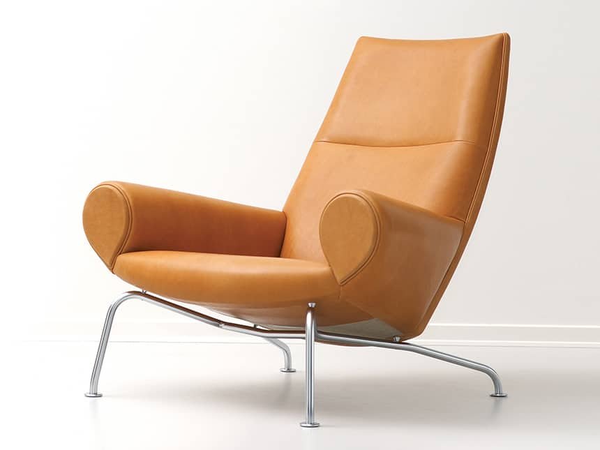Arm Chair By Hans Wegner: Fit For A Queen
