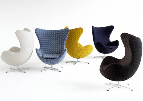 arne-jacobsen-egg-chairs.jpg
