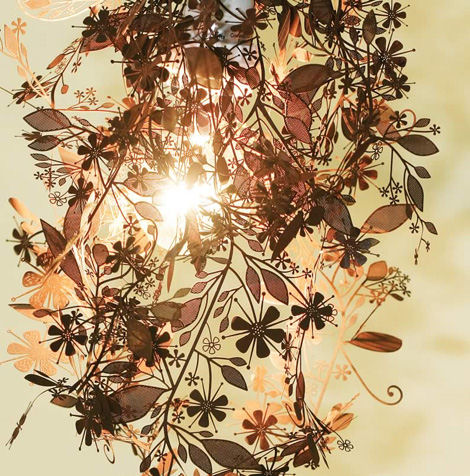 artecnica-garland-light-rust.jpg