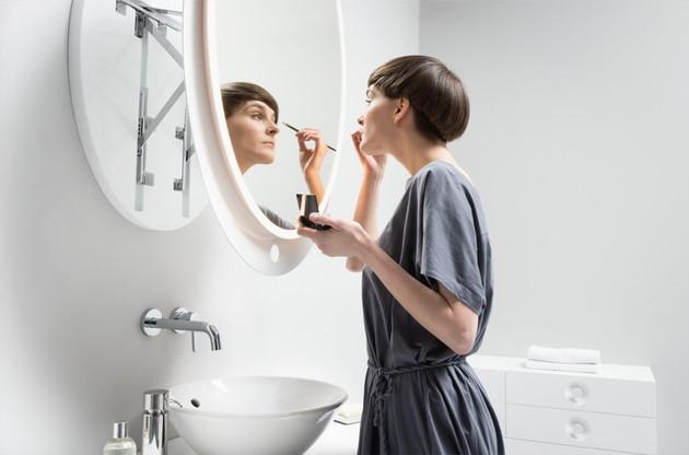 ergonomic extendable mirrors by miior ella 1 thumb 630x416 8991 Wall Mounted Extendable Mirror by Miior