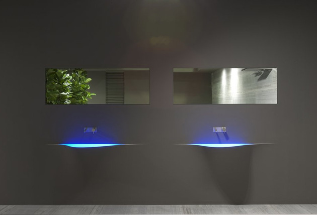 wall integrated wash basin by antonio lupi silence 2 thumb 630x428 9074 Wall Integrated Wash Basin by Antonio Lupi   Silence