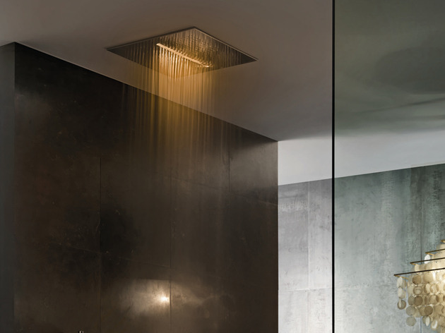 overhead-chromotherapy-showerhead-fantini-rubinetti-acqua-zone-7.jpg