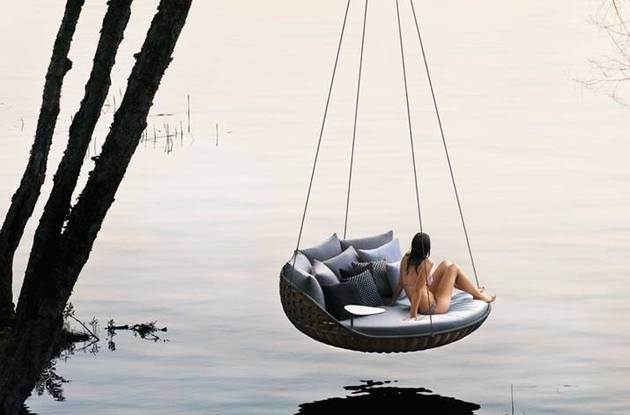 swingrest-hanging-lounger-from-dedon-7.jpg
