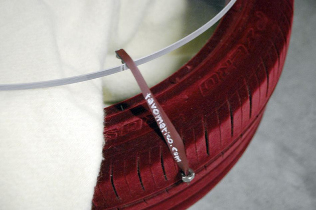 tire-table-from-tavomatico-4.jpg