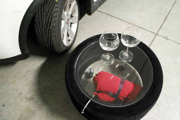tire-table-from-tavomatico-5.jpg