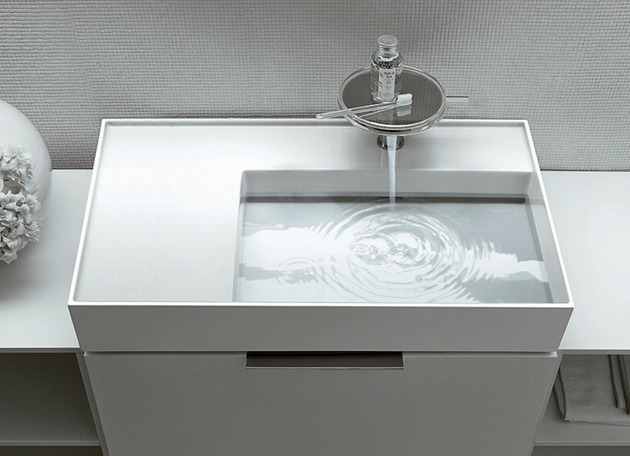 hidden drain sinks by kartell for laufen 2 thumb 630x456 17784 Hidden Drain Sinks by Kartell for Laufen