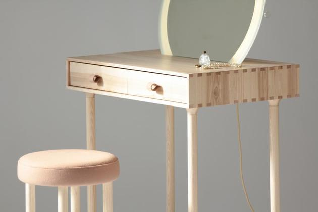 avignon-dressing-table-set-with-lighting-by-codolagni-8.jpg
