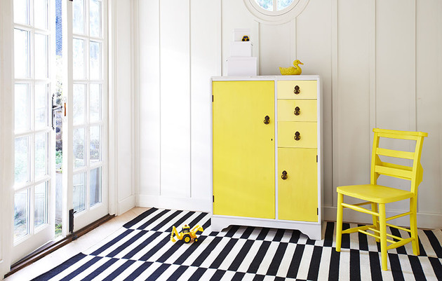 colorful-uplcycled-furniture-from-xylo-6.jpg