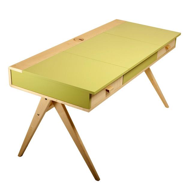 funky-home-office-desks-by-steuart-padwick-3.jpg