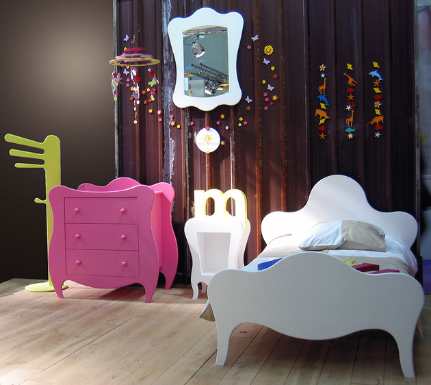 Convey Your Little Girl S Personality Through Her Bedroom: Kids Fantasy Bedroom Furniture From Mathy By Bols