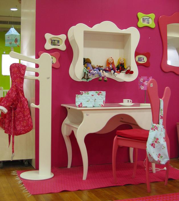 kids-fantasy-bedroom-furniture-mathy-by-bols-5.jpg