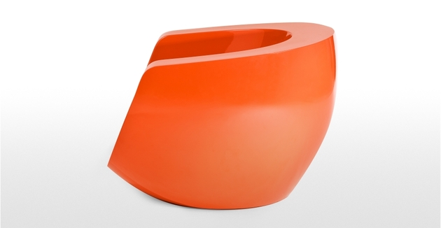 moon orange fiberglass chair by mike to 2 thumb 630x326 19467 Moon Orange Fiberglass Chair by Mike To