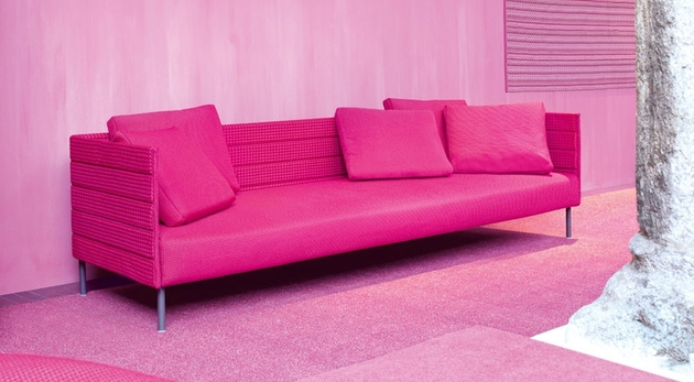 pink patio sofa from luminaire 1 thumb 630x347 22385 Pink Patio Sofa from Luminaire