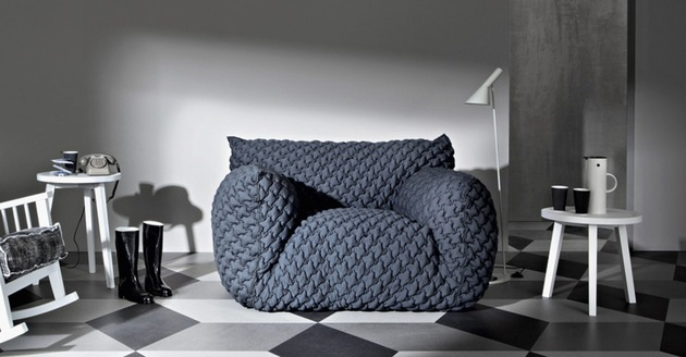 quilted-goose-down-sofa-with-removable-cover-nuvola-from-gervasoni-by-paola-navone-6.jpg