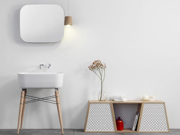 ray freestanding washstand by michael hilgers 2 thumb 630x472 20999 Modern Washstands and Freestanding Washbasins
