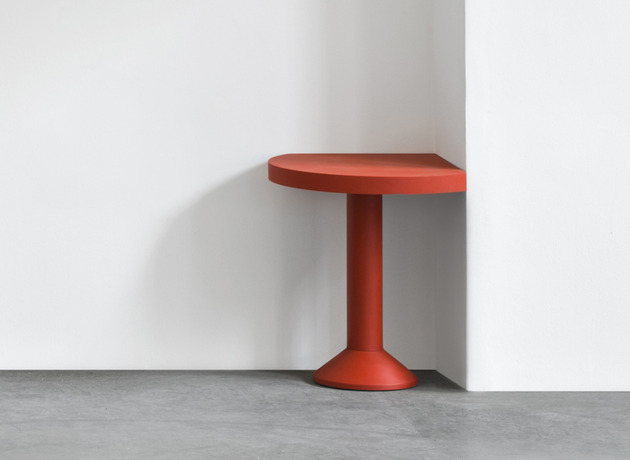 red corner table by schellmann 1 thumb 630x460 21500 Red Corner Table by Schellmann