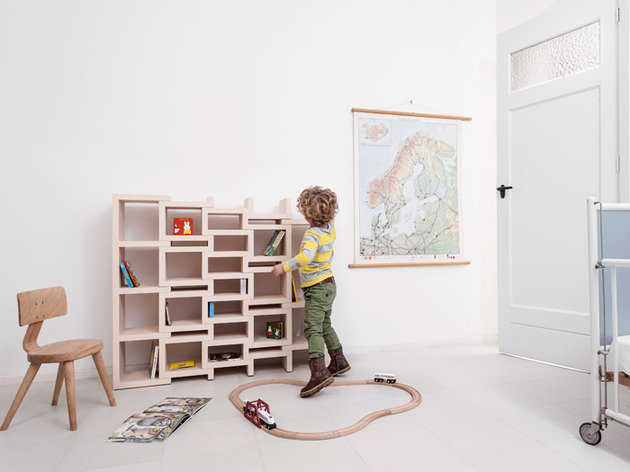 rek-expanding-bookcase-original-and-junior-4.jpg