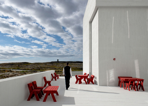 fogo island furniture by ineke hans 2 thumb 630x450 23057 Fogo Island Furniture by Ineke Hans