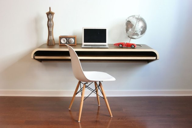minimal float wall desk from orange 22 1 thumb 630x420 24289 Minimal Float Wall Desk from Orange 22