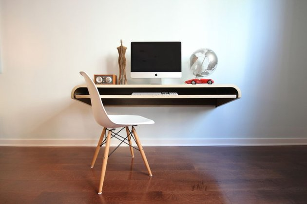 minimal float wall desk from orange 22 2 thumb 630x420 24291 Minimal Float Wall Desk from Orange 22