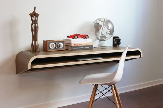 minimal-float-wall-desk-from-orange-22-6.jpg