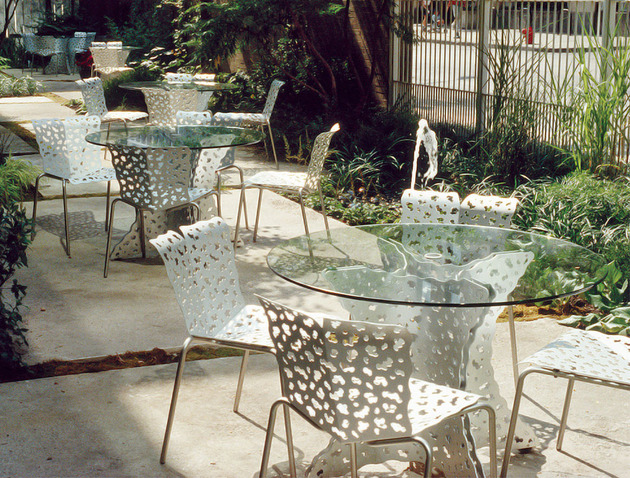 outdoor-sheet-aluminum-seating-collection-topiary-by-richard-schultz-5.jpg