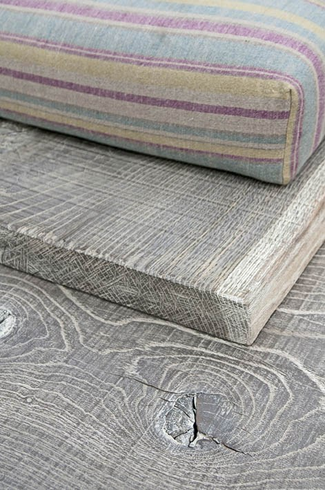 raw-oak-sofa-design-by-cadorin-3.jpg