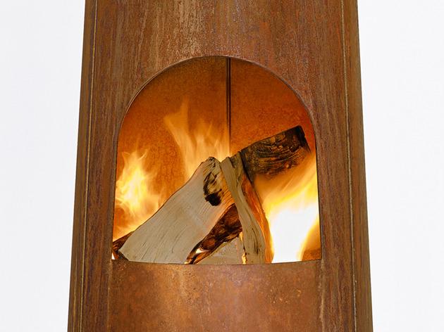 smokestack garden heater by frederik roije 2 thumb 630x472 24504 Smokestack Wood Burning Garden Heater by Frederik Roije