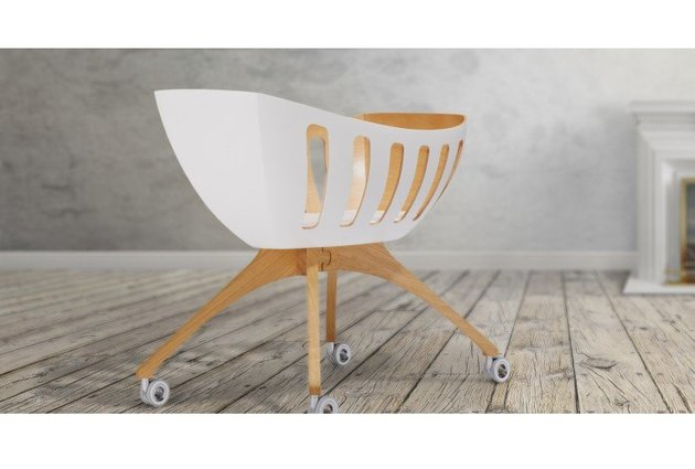 baby-bassinet-and-cradle-with-windows-by-gloria-lavi-8.jpg