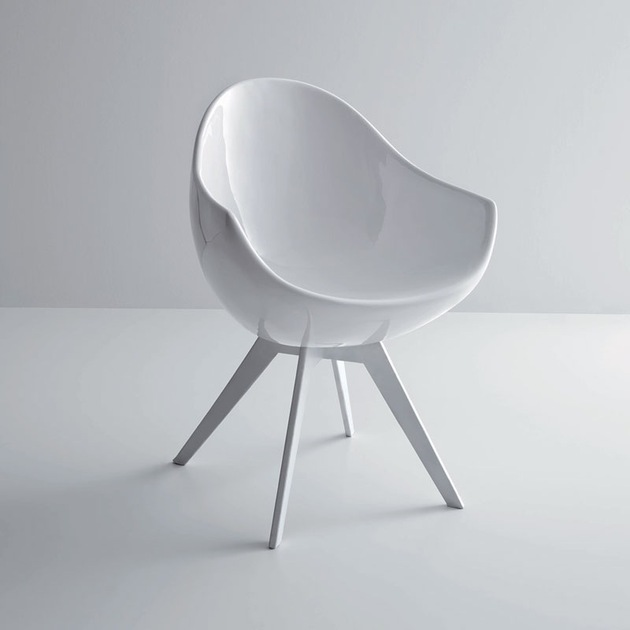 egg shaped jane chair creates statement 1 white thumb 630x630 29149 Egg Shaped Jane Chair Creates a Statement