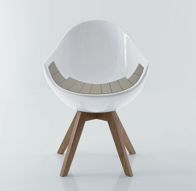 egg-shaped-jane-chair-creates-statement-3-seat.jpg