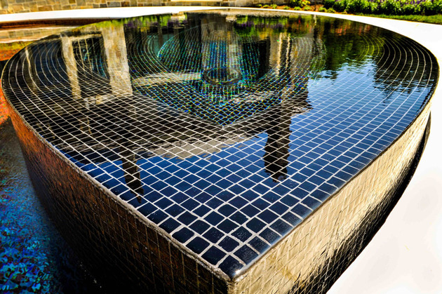 award-winning-stradivarius-violin-pool-cipriano-landscape-design-15-spa-tiles.jpg