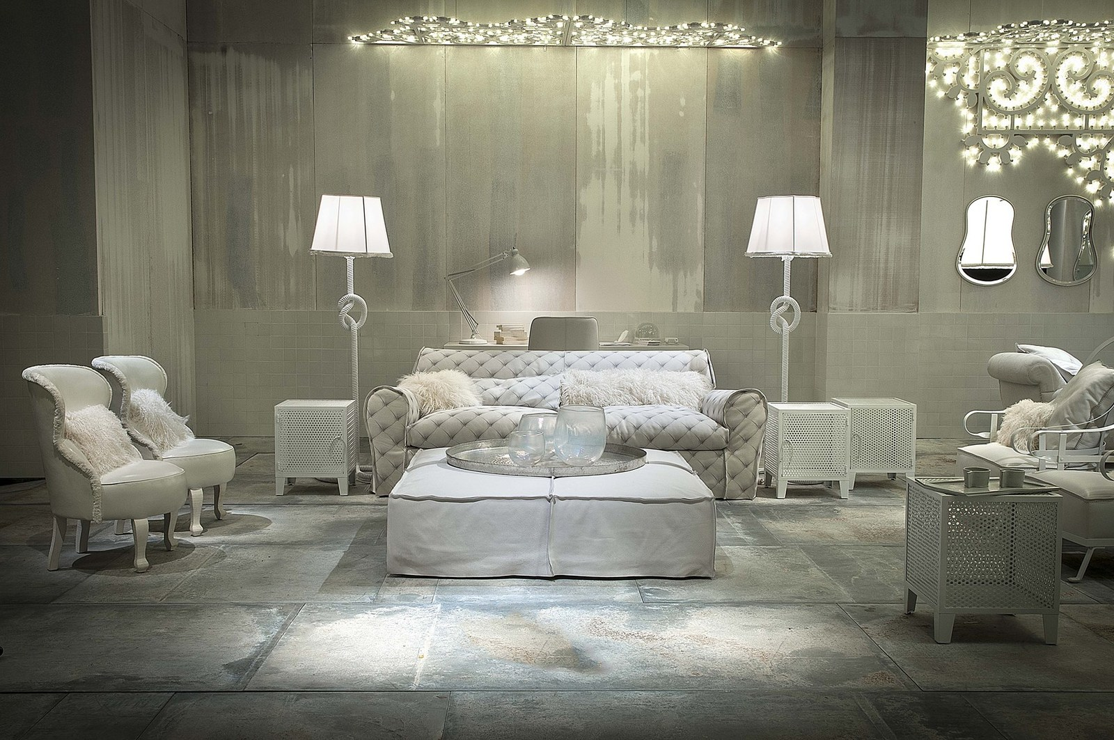 Paola navone designs white fairy tale like interiors to for Baxter arredamenti